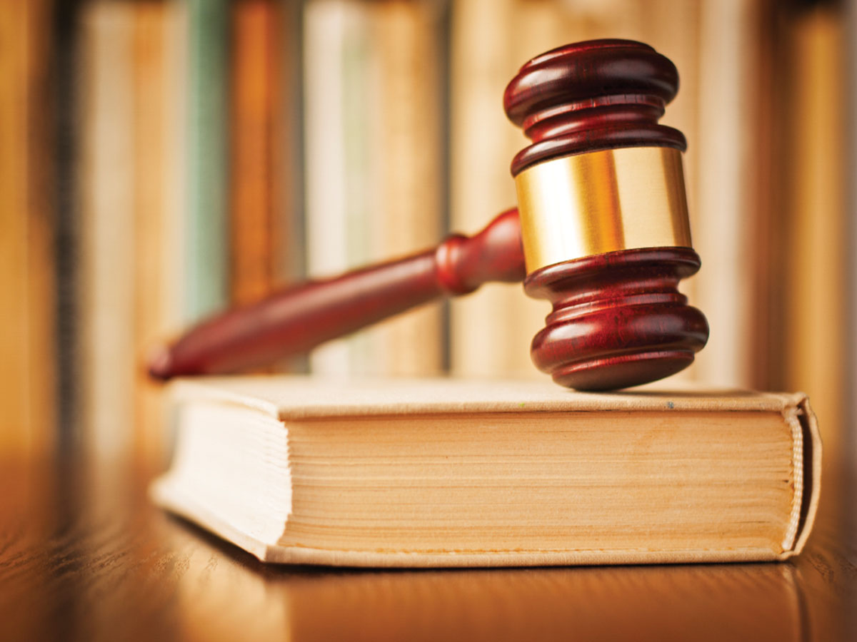 Chinese couple accepts 1.3bn/- bribery charge