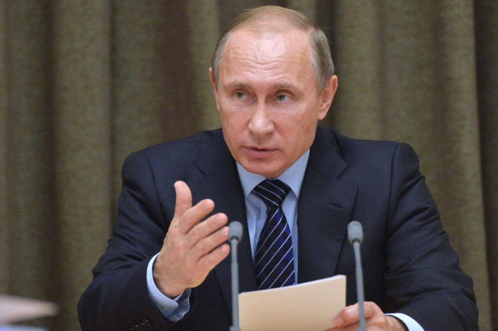 Putin disowns US election but ready to work with winner