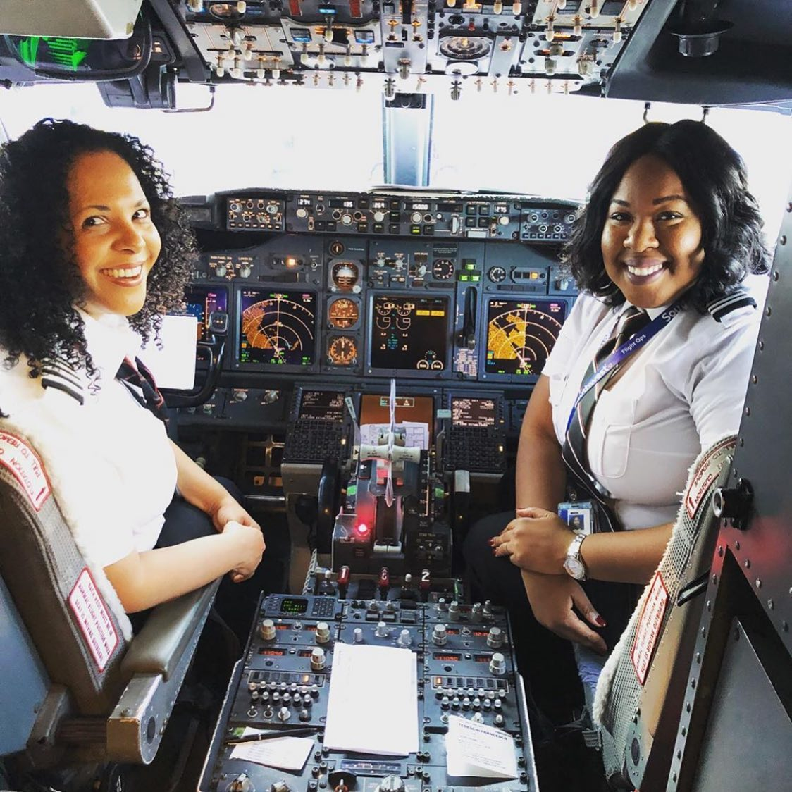 Flying tips: Why do Pilots dress the same worldwide?