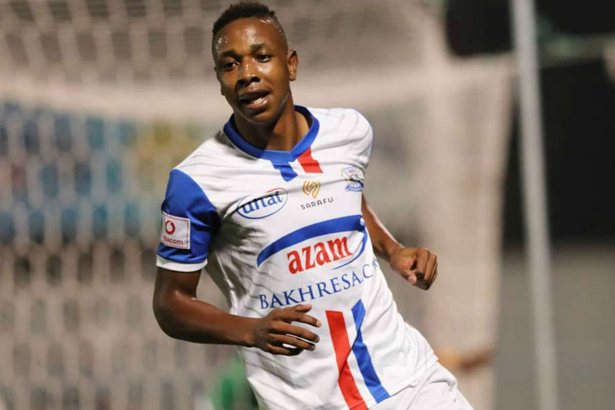Dube: 'Smiling Killer' leads race for golden boot
