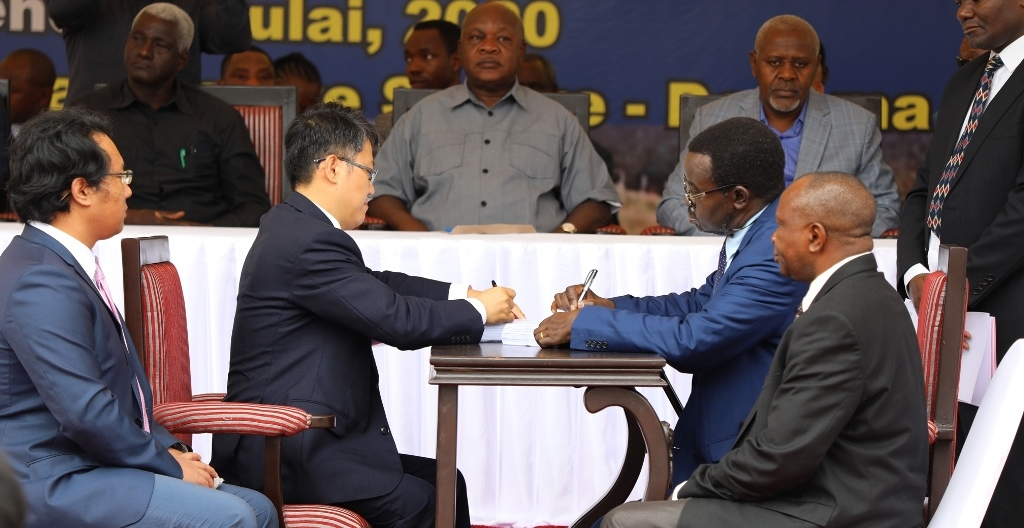 221.7 billion/- road project pact signed