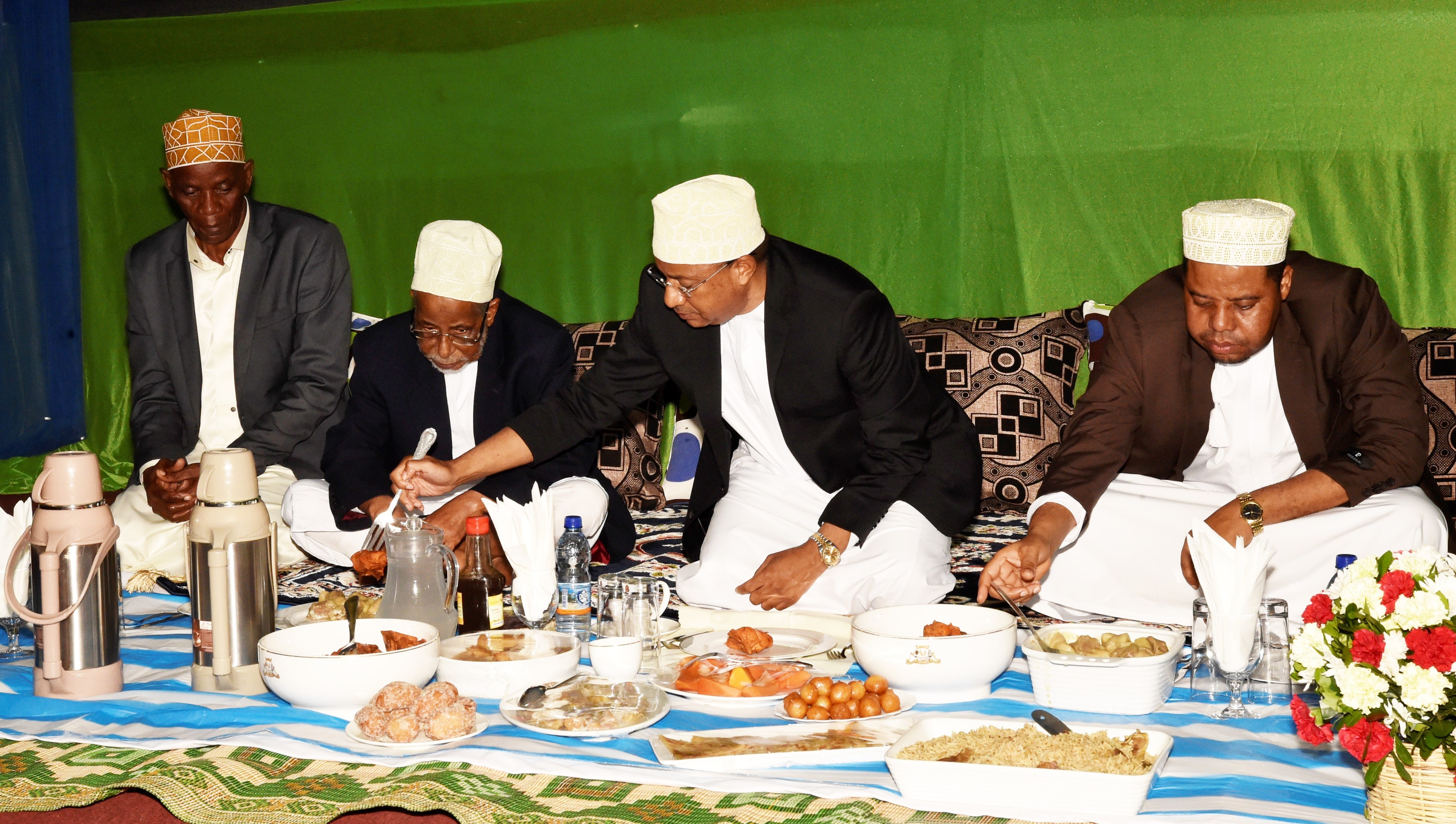 Mwinyi hosts series of Iftar meals, calls for  peace promotion
