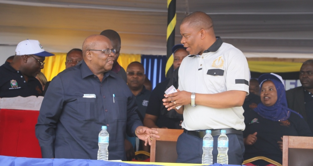 RC remembers life-time moment with Mkapa