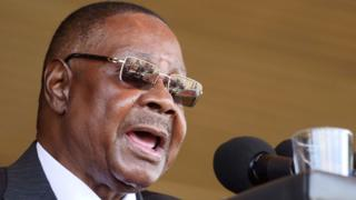 COVID-19 UPDATE: Malawi president takes 10% pay cut