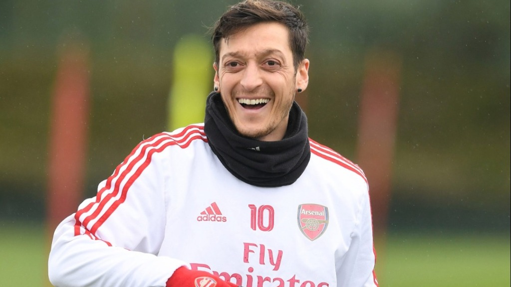 Ozil close to joining Fenerbahce