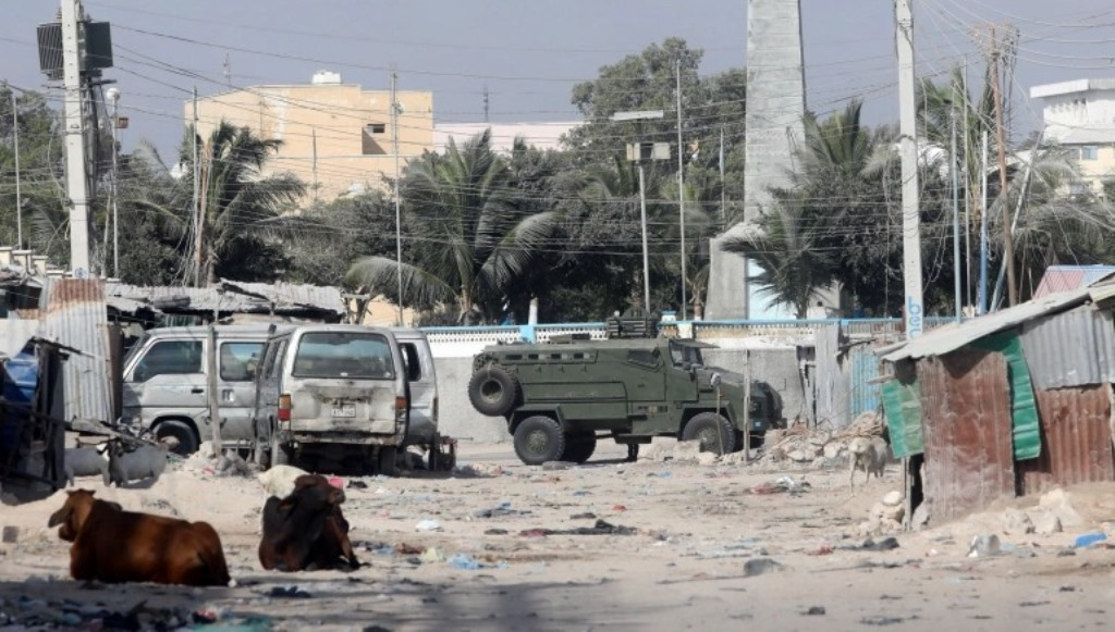 At least 20 killed by suicide car bomb blast in Somalia