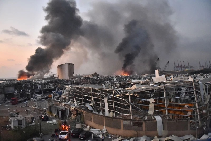 Beirut explosion: Frantic search for survivors of deadly blast