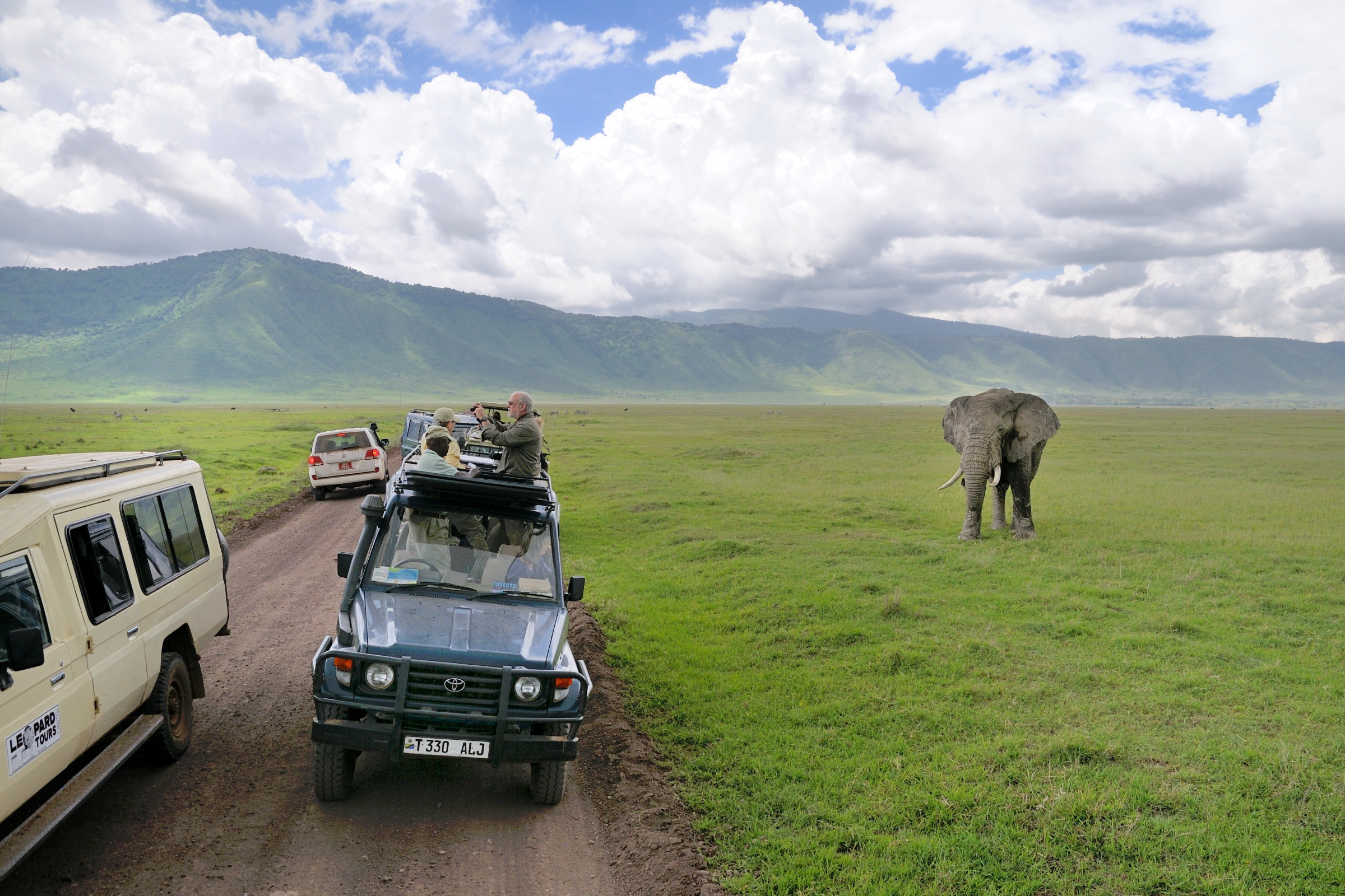 Govt welcomes ideas to improve tourism sector