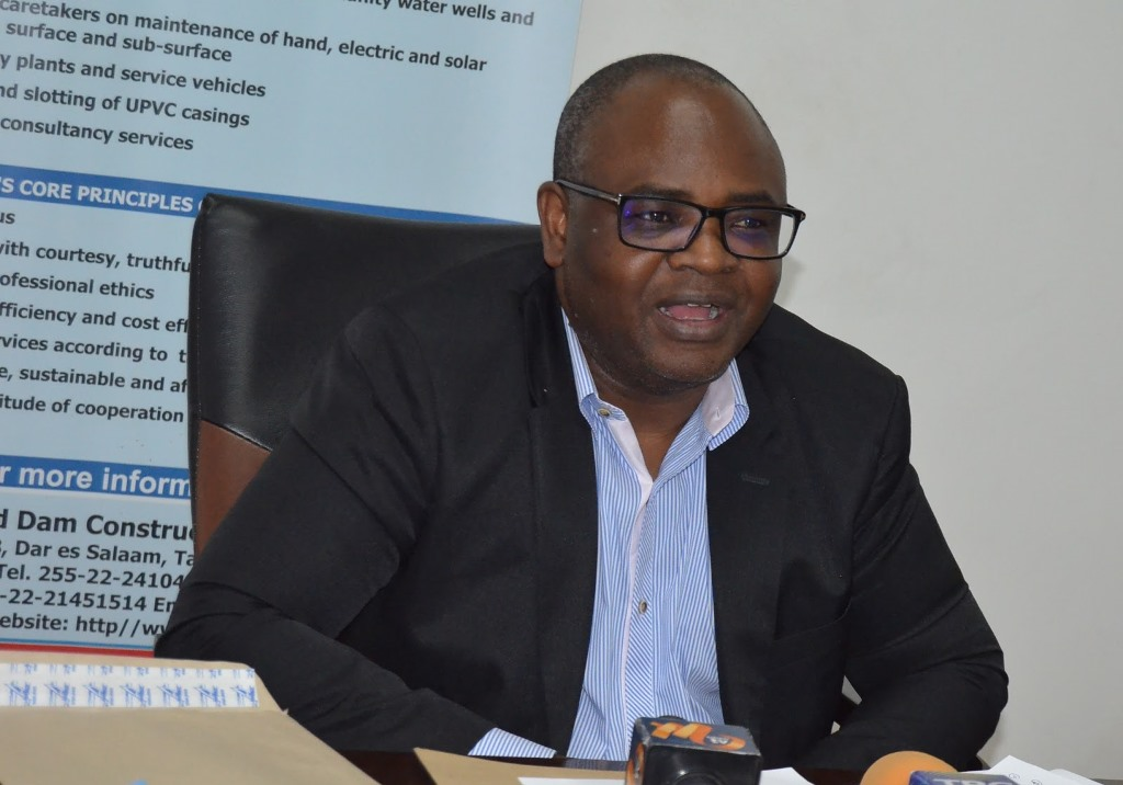 Mkumbo directs utilities to minimise non-revenue water