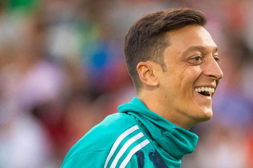 Arsenal and Ozil reach agreement in principle to terminate deal